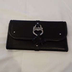 Juicy Couture women's leather wallet